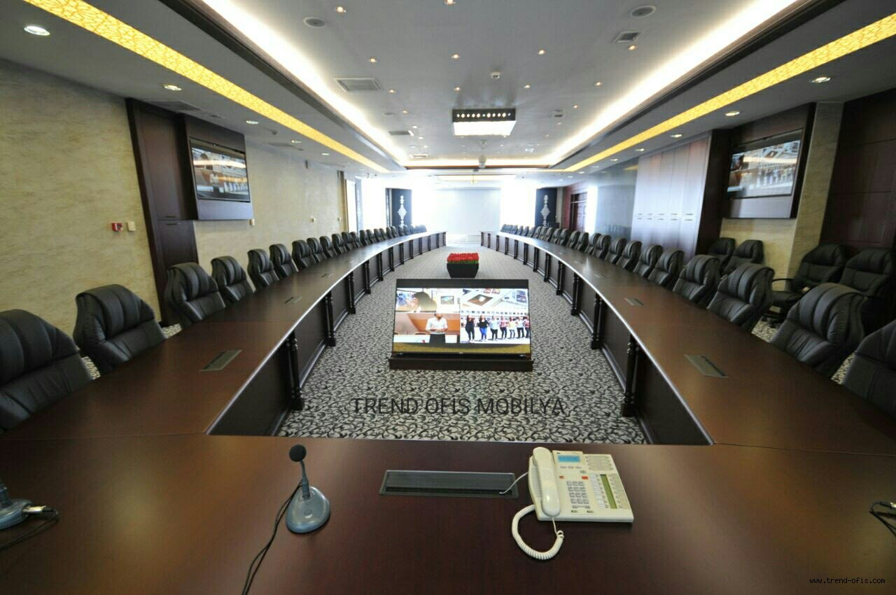 19 Mayıs Üniversitesine Yapılan U Toplantı Masası
