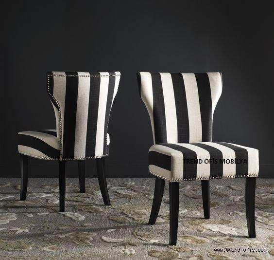 A 100 Zincir Sandalye